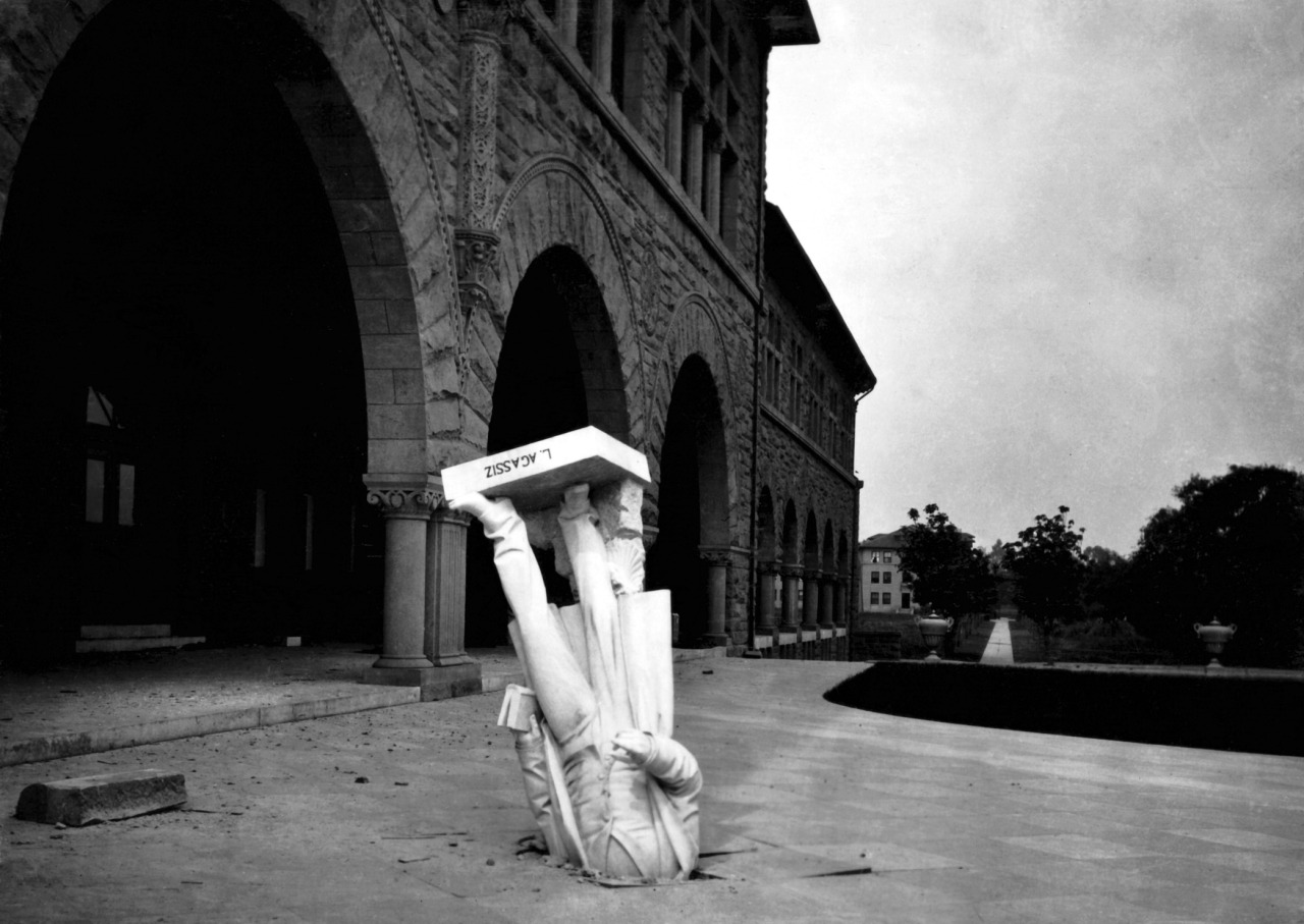 Fallen statue of Louis Agassiz after the San Francisco earthquakeStanford University, 1906 via Retronaut