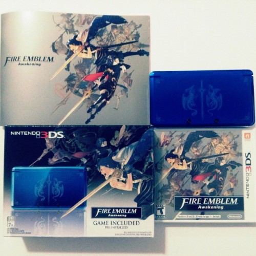 Fire Emblem Awakening: Cobalt Blue 3DS Bundle w/New copy of game and art book - Gonna be putting this on eBay in just a few minutes. Parting with it since I bought the Pikachu 3DS XL this past weekend. #Nintendo #FireEmblem #Awakening #3DS #Blue #videogames #RPG #ebay