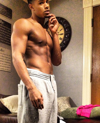 Trey Songz has a even fitter brother !!!! <3