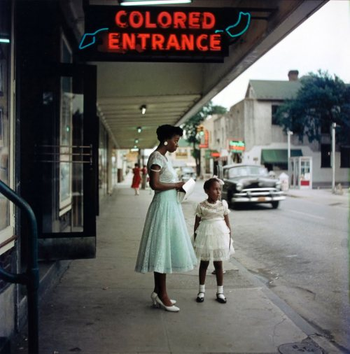 Gordon Parks, Untitled, Mobile, Alabama, 1956