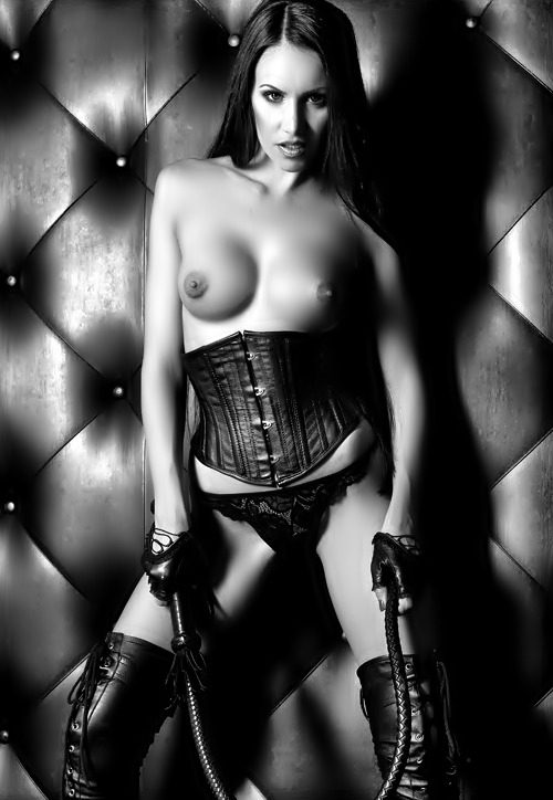 youcancallmemistress1:  Love the whip.