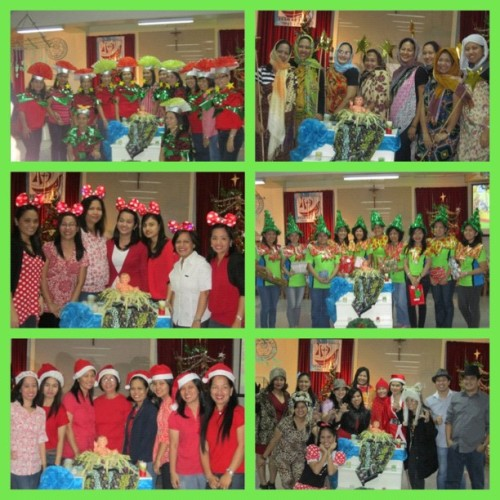 The Grade School Department Costume Party!!! 🎄🎁🎊🎉😁 It was very surprising that most of us really work hard for our costumes. Another remarkable experience indeed.  P.S. : sa dami ng grade 6 teachers di na makita mga muka. Hehe! #christmasparty #gradeschool #smcqc #grade6 #costume #Egyptian #theme #instagood #instagram #instamood #igersmanila #igersphilippines