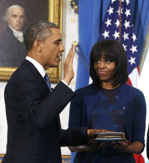 obamafamily:  President Barack Obama takes the oath of office and officially begins his second term as the 44th President of the United States.