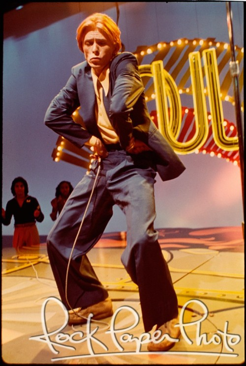 mannequinfemme:  nightspell:  1975, Soul Train, by Andrew Kent  best photo from the soul period