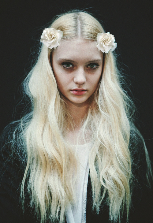 Beautiful.. <3♡ click here for soft grunge/models/fashion ♡