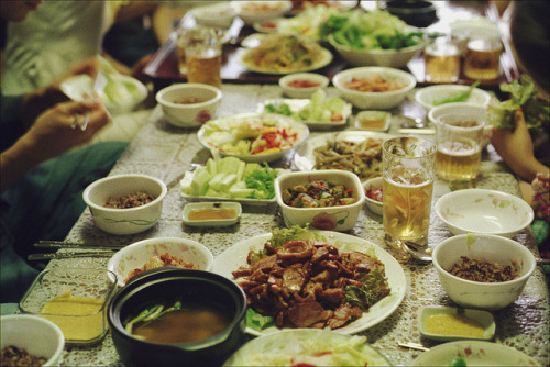 fuckyeahjapanandkorea:  (via family dinner | Flickr - Fotosharing!)