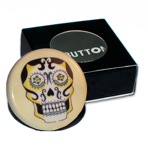 (via Playbutton — Skull 2GB Playbutton)