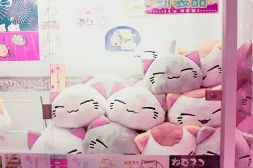 ribbonheartlolita:  More Kawaii -> http://ribbonheartlolita.tumblr.com/