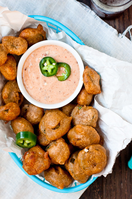Beer-Battered Jalapenos with Chipotle Ranch Dipping Sauce  Really nice recipes. Every hour.