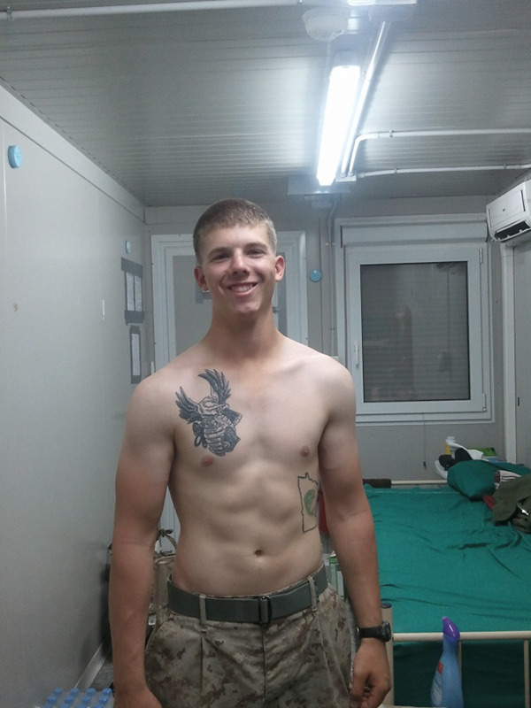 2018-12-31 05:56:43 - solidmilitarystuds 21 year old marine at camp cockworship http://www.neofic.com
