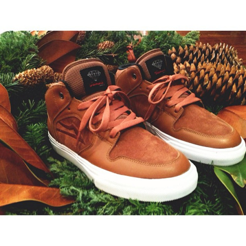 DIAMOND SUPPLY CO. x LAKAI Telford The release is set for Fall '13
