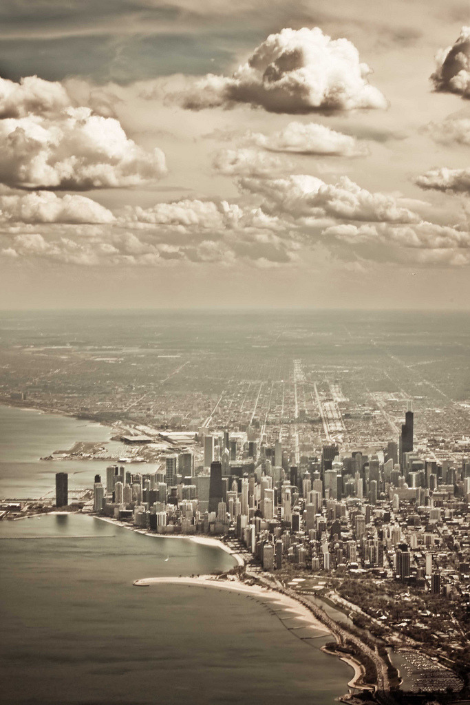 travelingcolors:  Chicago from a Plane | Illinois (by Tinaylin)