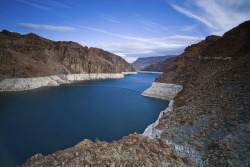 Lake Mead by Randi Ang on Flickr.