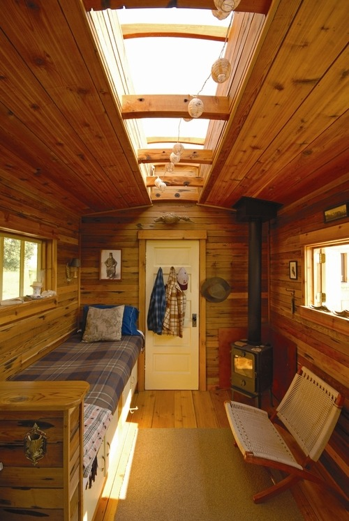 kwistina:   Inside of a tiny twin cabin