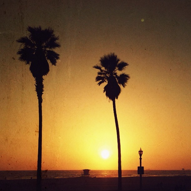 Huntington Beach sunset 💛