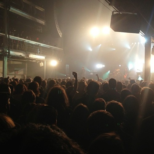 At T5 for Black Rebel Motorcycle Club w/ @peter_cridland  (at Terminal 5)