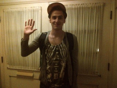 kendallismylife:  @ktothe5th: K3 on his way to the @HeffronDrive European Acoustic Tour. Have fun and send videos! :o) http://t.co/hpZtkM2pTt