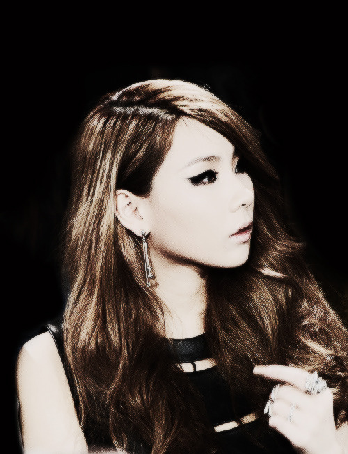 93/100 PICTURES OF CL