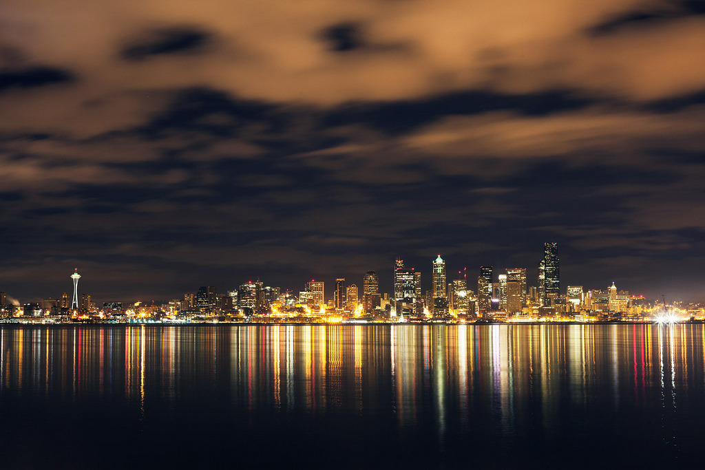 definitelydope:  Seattle (by Mike Monaghan)