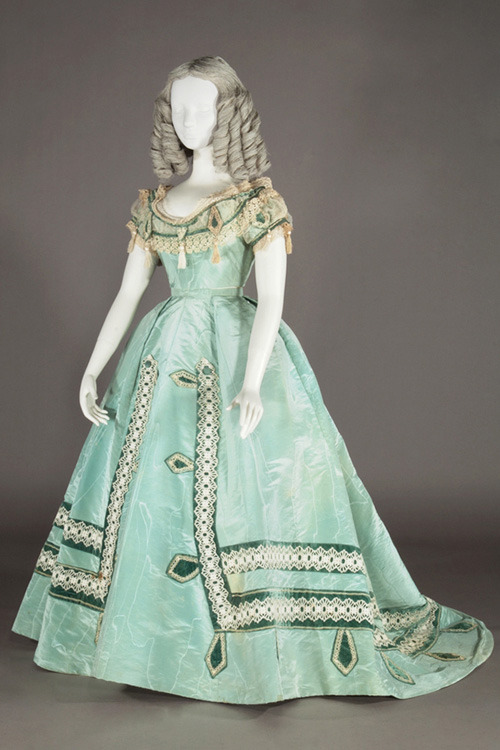 Evening dress, 1865 From the Kobe Fashion Museum via Fashion Press
