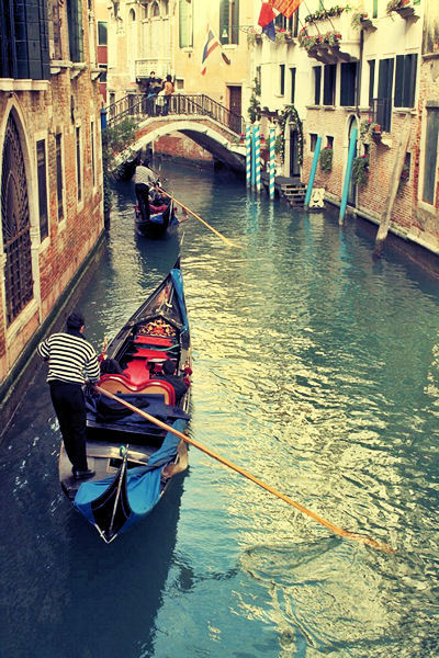 photographsbygeorgina:  Venice, Italy  I don't care what it takes. One day, this will be in my life.
