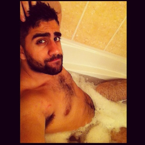 thelastgreatkings:  Time to relax. It's been a long day.