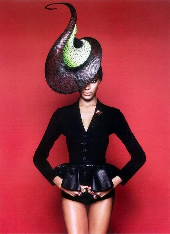 octobermoonlight:  Philip Treacy