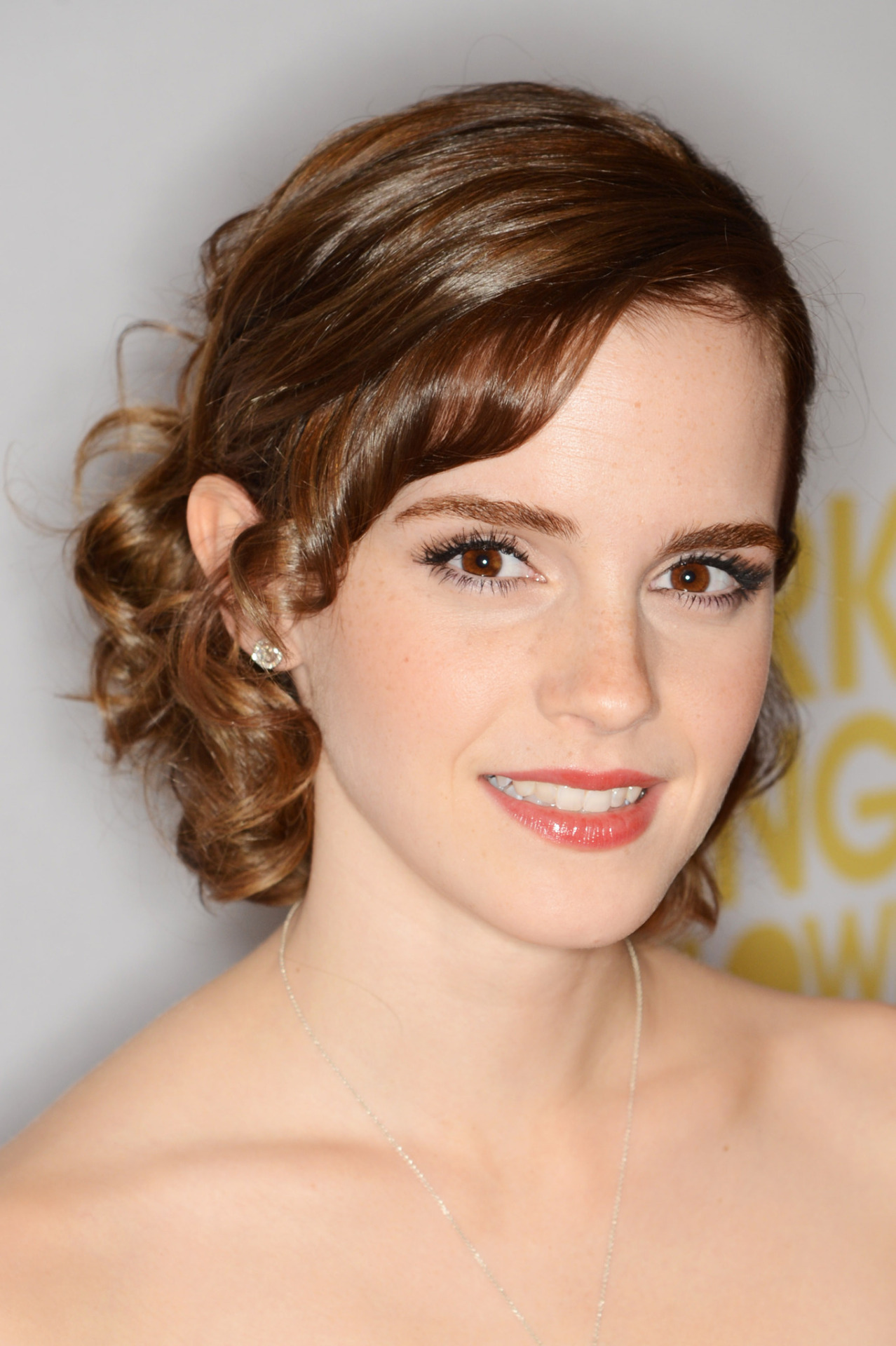 ti5o5o followed Emma Watson on MovieLaLa