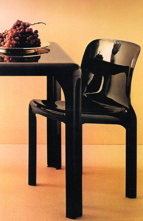 Vico Magistretti, Stadio Table and Selene Chair, for Artemide, 1976