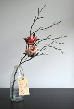 (via Natalia Handcrafted autumnal paper flower by FrancesandFrancis)