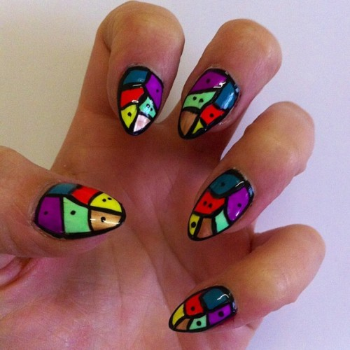 We will be doing this set of nails this weekend @obusclothing QV store pop up! Using the amazing Obus nail paints… Apts 0405 511 431 #melbournenailart #nailart #iscream4obus