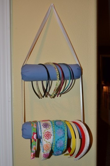 "DIY Cheap Paint Roller Headband Display Tutorial from Dollar Store Crafts here. I like to call these ""Home Depot Projects""."