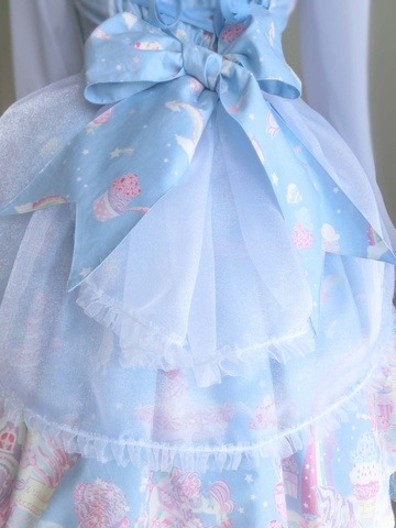 lolitahime:  Close up details of Snowflake diy coordinate with Milky Planet by realisticsweet on Yaplog