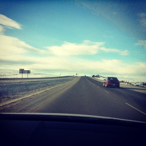 avadakadavra:  #banff bound. Gonna be a sweet weekend @catchasquirrel   Going to banff tomorrow!! Gunna be sick!