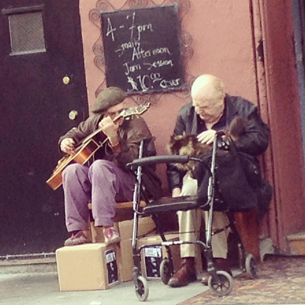 A Village jam session #nyc #westvillage #music