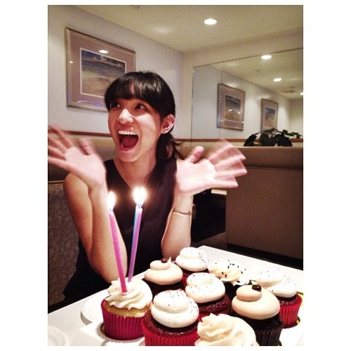 Dinner for @jacelyno at Yakiniku Seoul with cupcakes from Cupcake Couture.