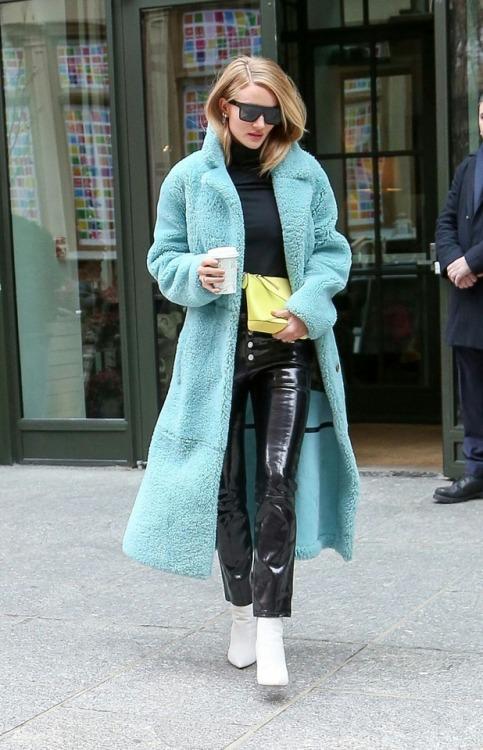 Rosie Huntington Whiteley Street Style Tumblr