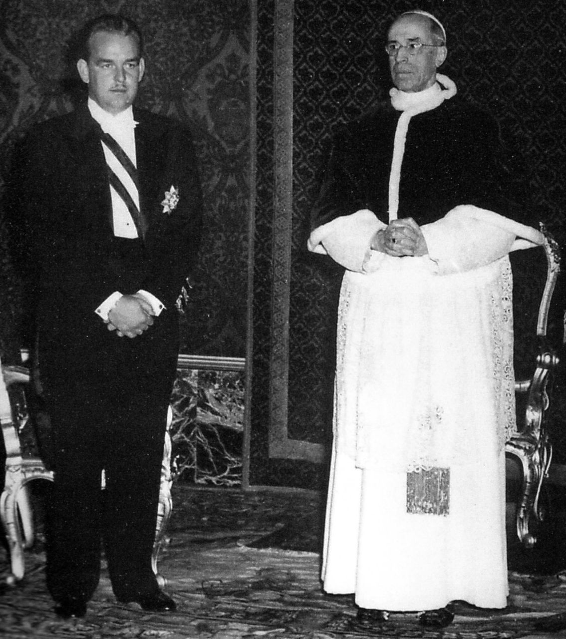 graceandfamily:  Vatican City, March 18, 1950. Prince Rainier III of Monaco with Pope Pius XII.