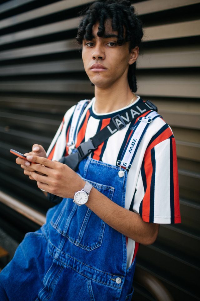 internet findIf you want this project to continue you can use the Paypal donation button on the web page of the blog. Any donation is welcome. #overalls#dungarees#baggy#baggy overalls#cute#cute guy#cool#cool look#tshirt#stripes#striped tshirt#hot#hot guy#sweet#sweet guy#street style#curly#curly hair