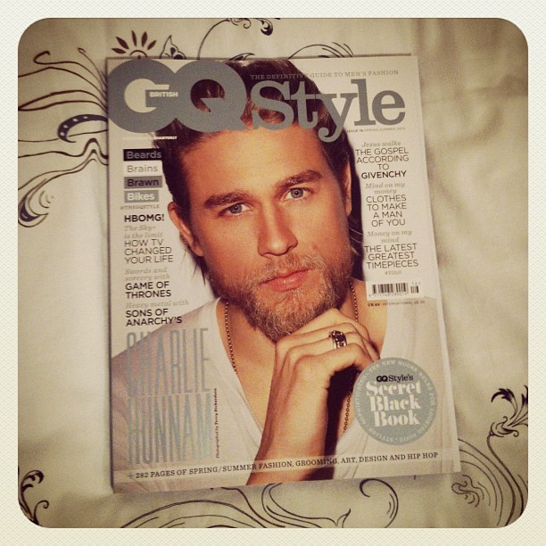 hailthesunnydays:  Isn't he beautiful? Finally got my issue. Easter will be awesome.  Yes.