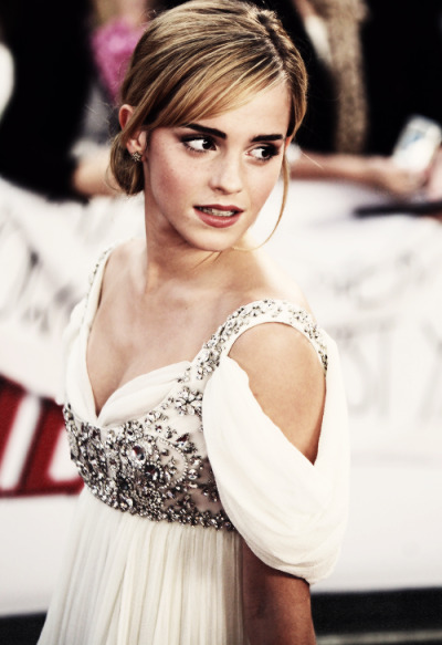 1/100 favorite pictures of emma watson