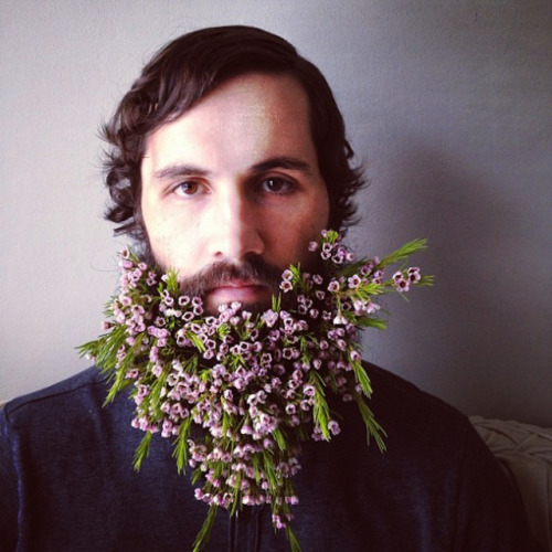 beard-watch:  FLOWERS + BEARD