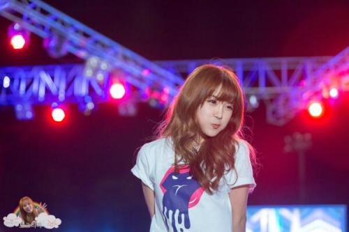 visualglow:  05/16 Hyun Young fantaken @ Sejong University Festival by wannagirlsday 3rd photo