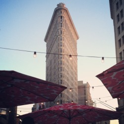 instagrammednewyork:  View of the Flatiron Building from Madison Square Eats