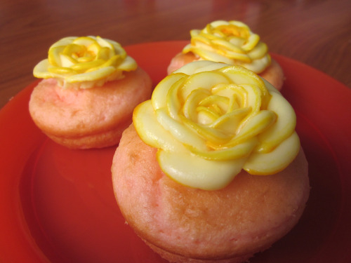 Icing Flower Cake Mix Cupcakes   Tips: · Using the shortening in the frosting helped a lot! It was smoother and didn't have ragged edges until late in the frosting. It was also less flat and melty, although I still froze the flowers as a precaution. · After refilling the bag with the icing, you might want to drip another line of food coloring down the bag so that the edge color stays strong. · When using the cake mix, it is really important to mix until just combined! Don't use a spatula because it will trap so many air bubbles in the batter. Chopsticks are probably the best choice. If air bubbles are mixed in, the batter will deflate a bit after baking (although the cupcakes will be nice and airy), and it'll look pretty deformed on the top.