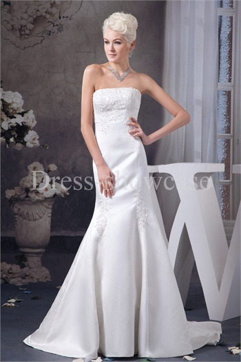 Sleeveless Outdoor Zipper-back Wedding Dress http://www.Dress-ShowCase.com/Sleeveless-Outdoor-Zipper-back-Wedding-Dress-p20969.htmlView Post