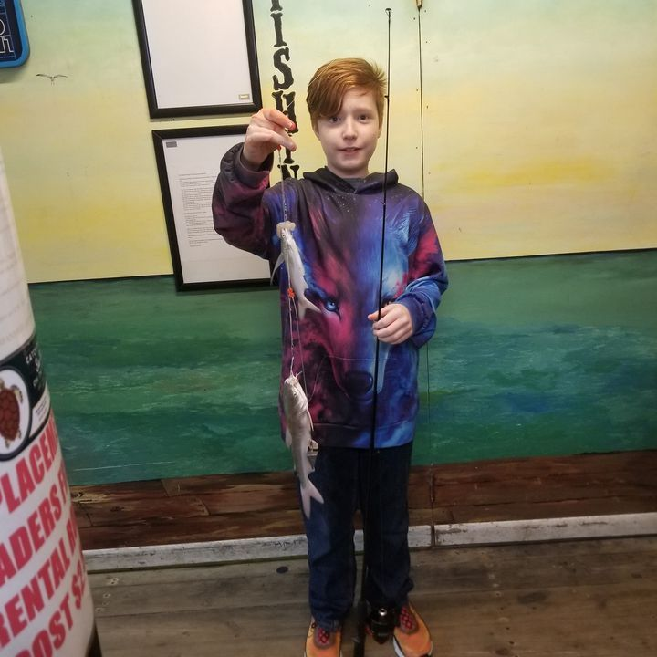 Logan from Houston with a double hook up. #61stpier #gulfofmexico https://ift.tt/3mbFZpj #61stpier#Galveston#TX#Texas#Gulfofmexico#fishing#pier#pierlife#dock