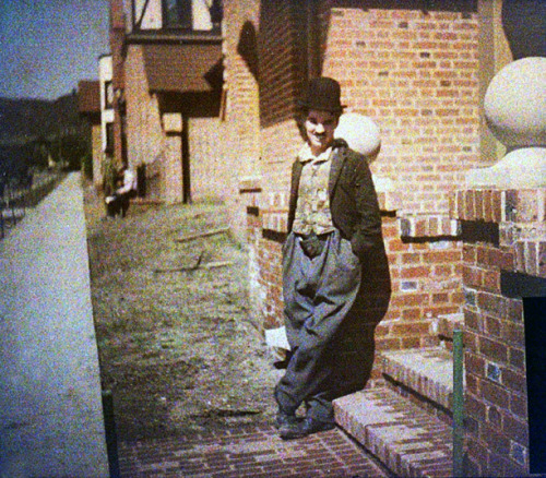 madblatter:  Rare color photograph of Charlie Chaplin, 1917