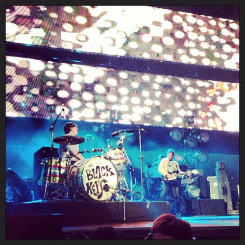 .   THE BLACK KEYS ~ Live ~ KROQ Weenie Roast Verizon Wireless Amphitheater May 18th, 2013 Irvine, CA