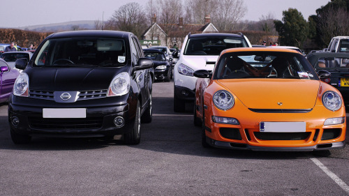 The tortoise and the hare Starring: Porsche 911 GT3RS and Nissan Note (by Rustiebin2013)